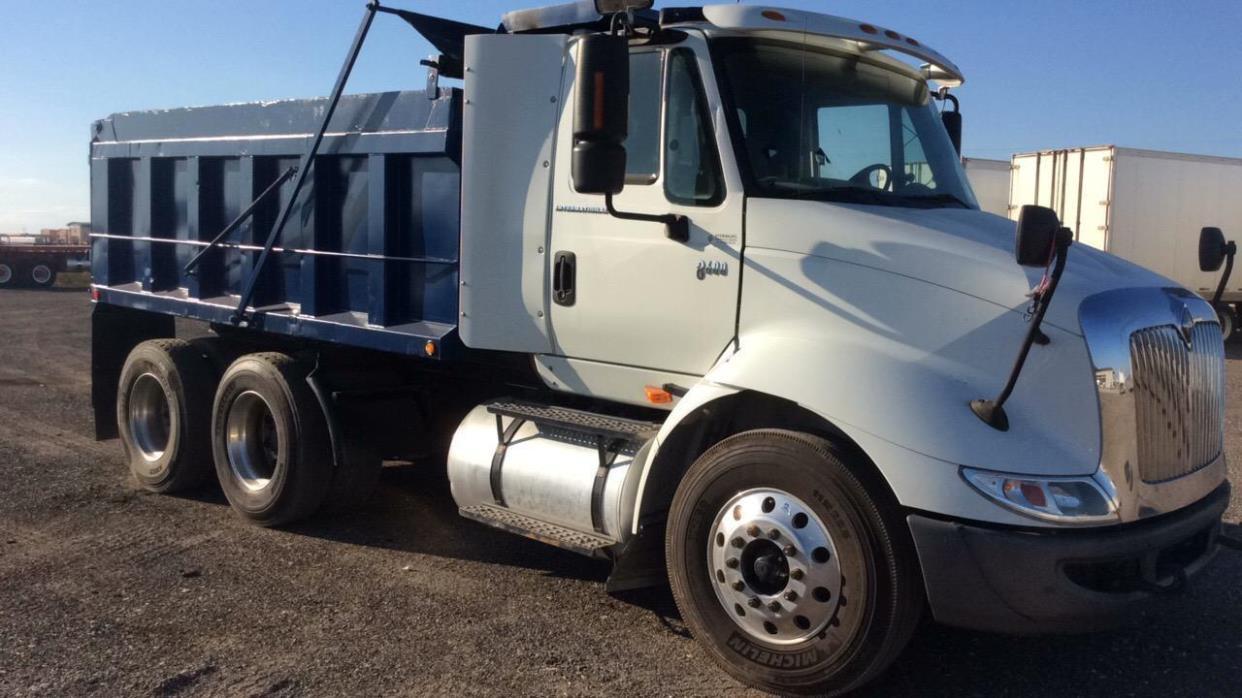 2006 Freightliner Business Class M2 112  Dump Truck