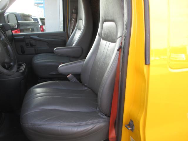 2011 Gmc Savana Cargo Van Cargo Van, 8