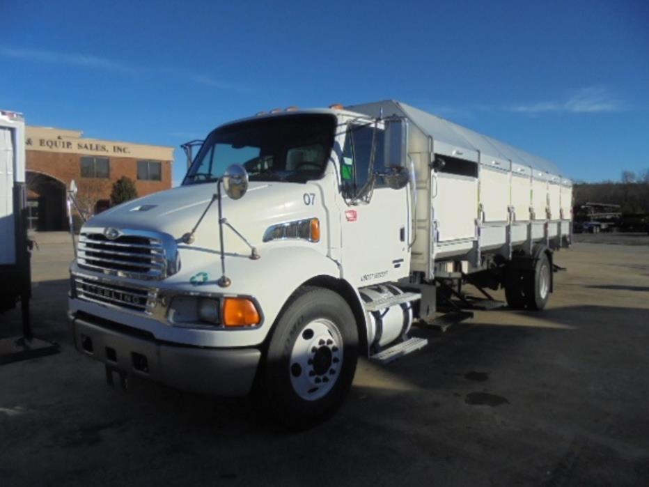 2007 Sterling Acterra Garbage Truck, 1