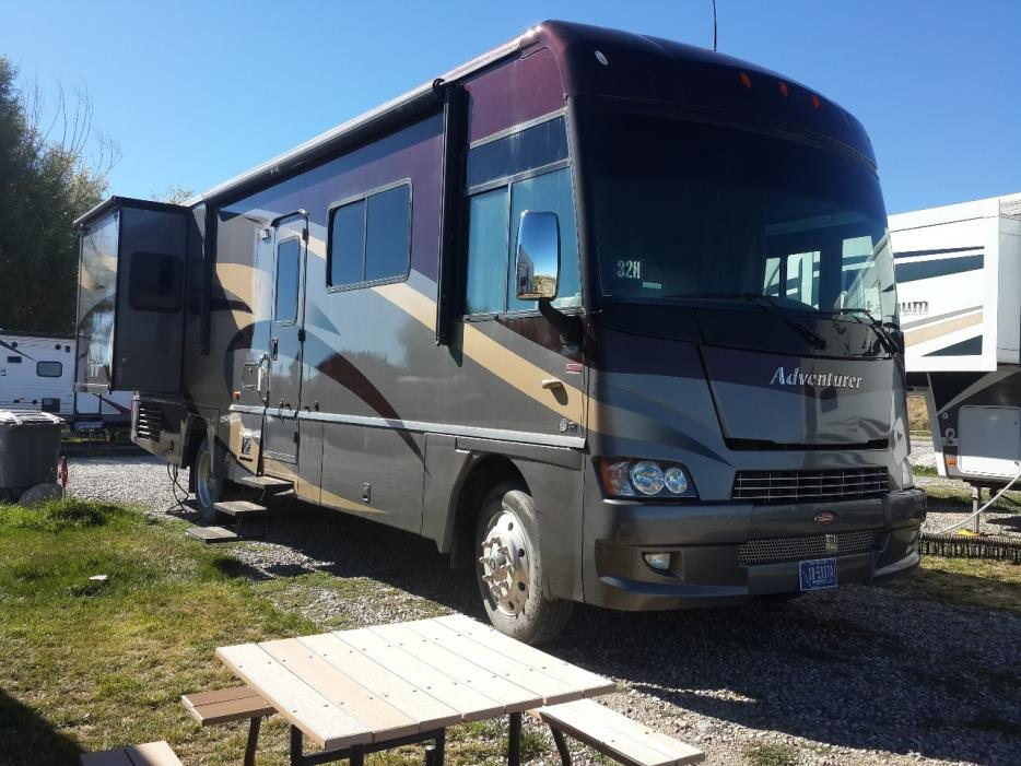 2009 Winnebago ADVENTURER 32H