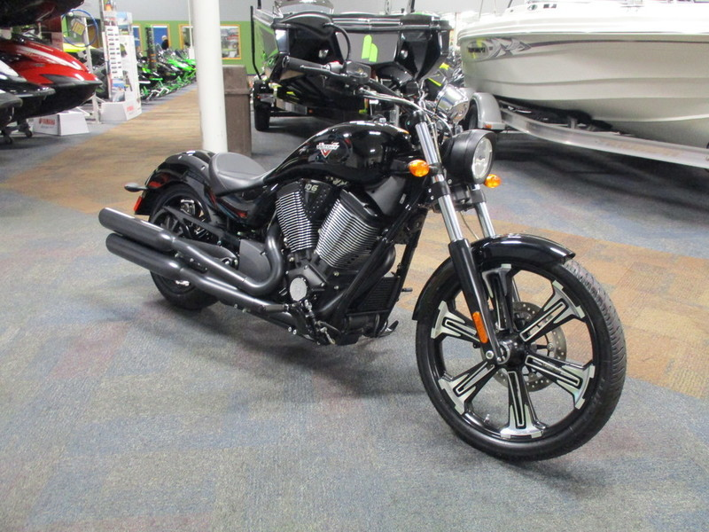 2016 Victory Vegas 8-Ball Gloss Black