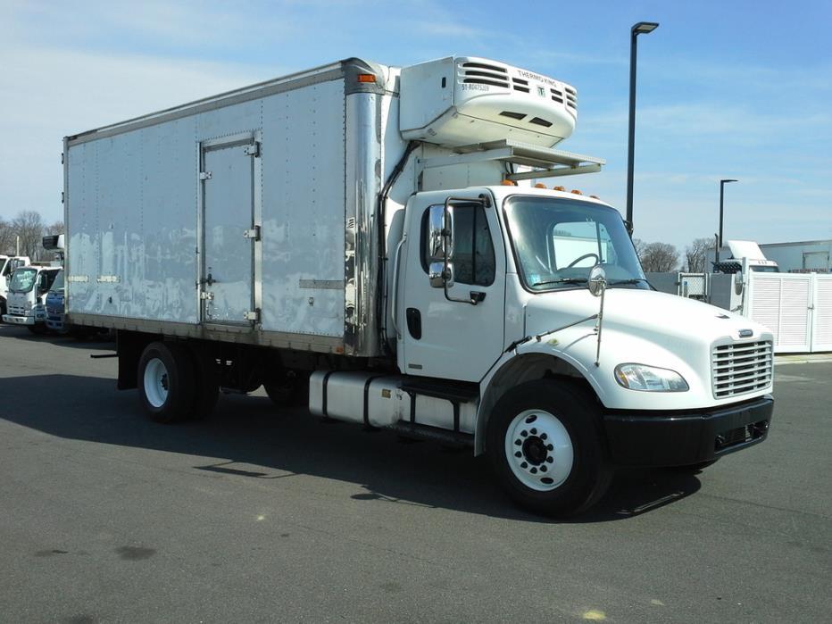 2010 Freightliner M2106 Refrigerated Truck