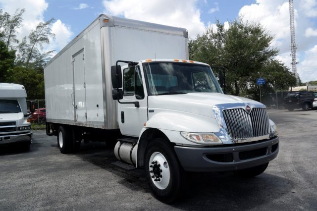 2011 International 4300sba Box Truck Box Truck - Straight Truck