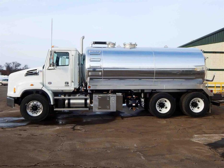 2017 Western Star 4700  Septic
