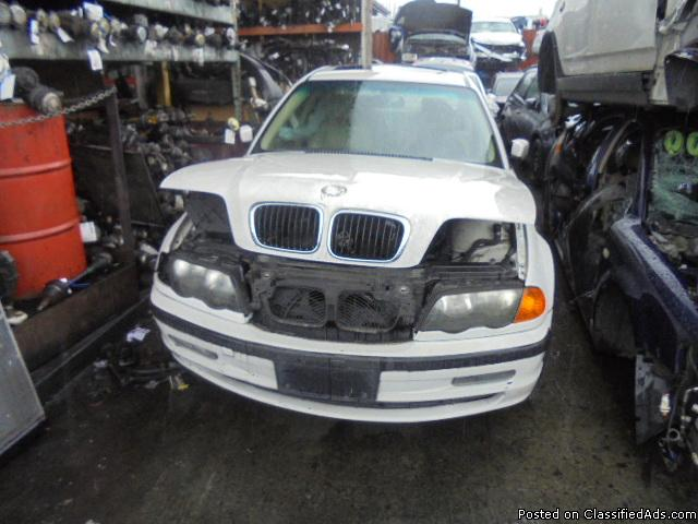 Parting out - 2000 BMW 323 - White - Parts - 17020