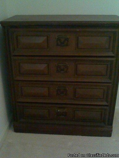 4-Drawer Oak Dresser for Sale