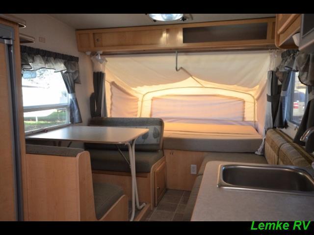 2005 R-Vision Trail-Lite Bantam F17 Hybrid