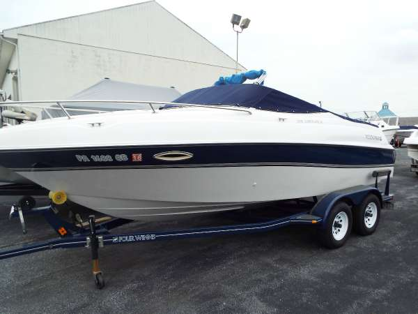 1997 Four Winns 205 Sundowner