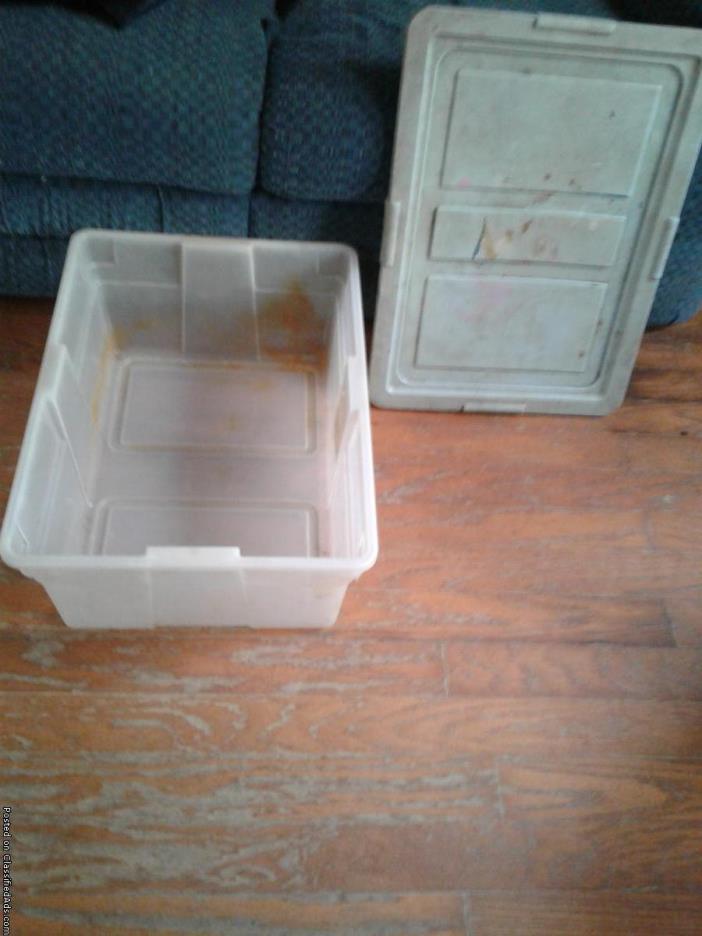 Rubbermaid Storage Totw