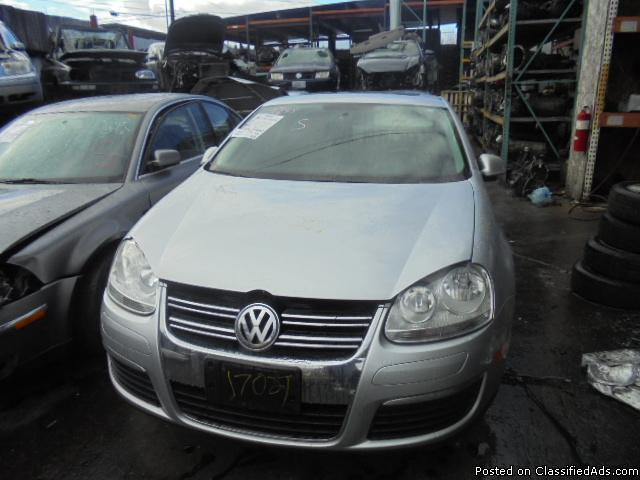 Parting out - 2008 VW Jetta - Silver - Parts - 17027