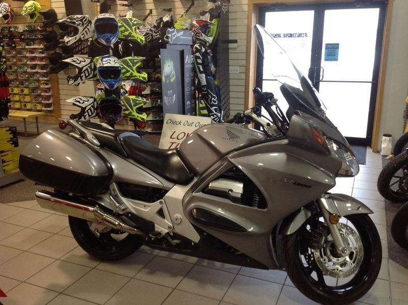 honda st1300 motorcycles for sale in iowa. Black Bedroom Furniture Sets. Home Design Ideas