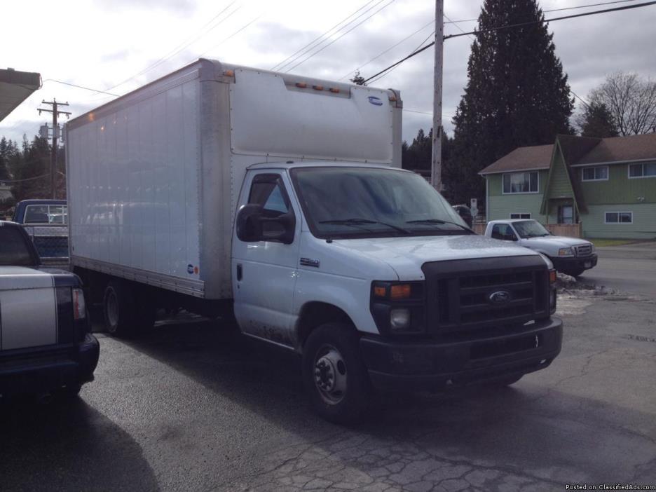2010 Ford E350 16 Feet Cargo Truck