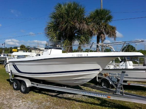 1999 Cobia/Yamaha Saltwater 23 Center Console