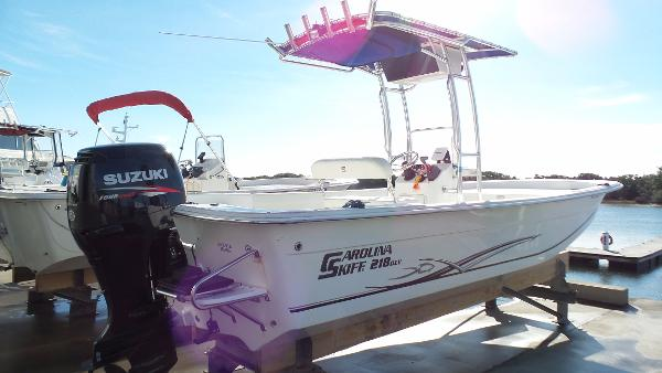 2012 Carolina Skiff 218 DLV, 0