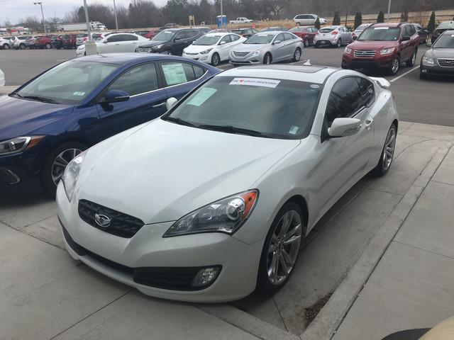 2012 Hyundai Genesis Coupe 3.8 Grand Touring