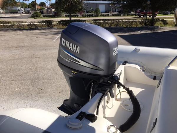 2002 Novurania 460