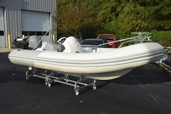 2011 Zodiac RIB Yachtline Deluxe 470