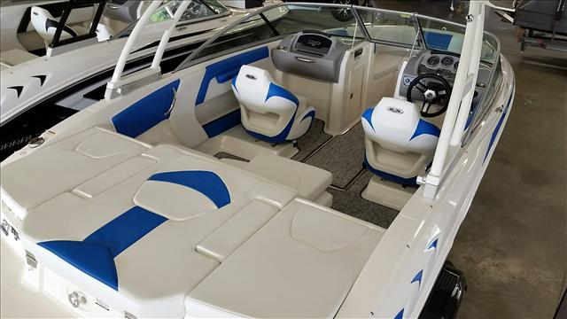2017 Chaparral Runabout 21 H20 Sport, 2