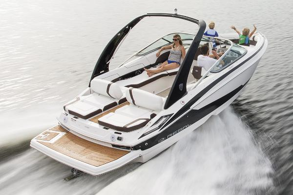 2017 Regal 2300 Bowrider, 2