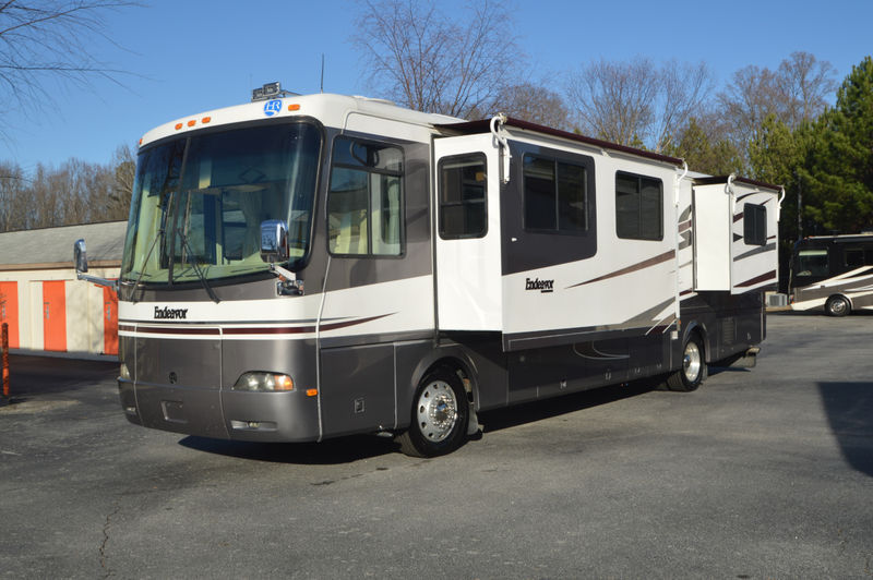 2003 Holiday Rambler Endeavor SE 38PST 1 owner Hardwood Floor