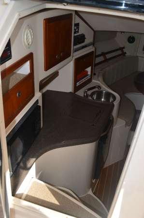 2007 Grady-White Express 305, 2
