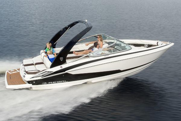 2017 Regal 2300 Bowrider, 0