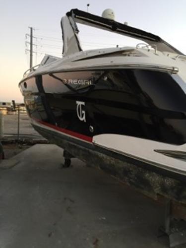 2008 Regal 3350 Sport Cruiser, 1