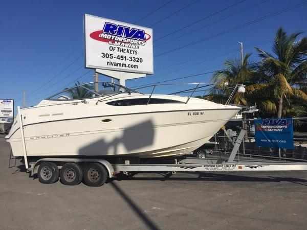 2005 Bayliner 245 Sunbridge