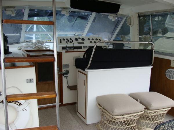 1975 Bertram 42 Motor Yacht, 1