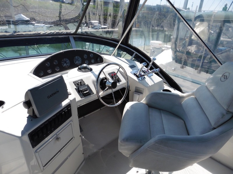 1998 Bayliner 3788, 1