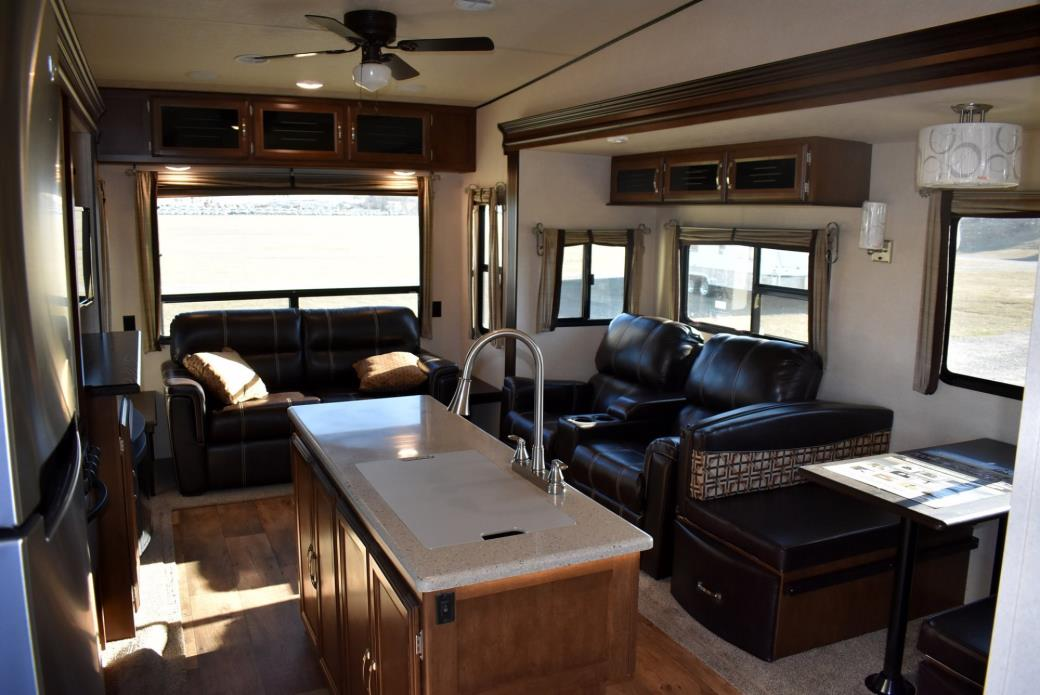 Forest River Hemisphere 368rlbhk Rvs For Sale