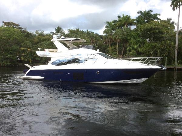 2011 Azimut 53 Flybridge Motor Yacht