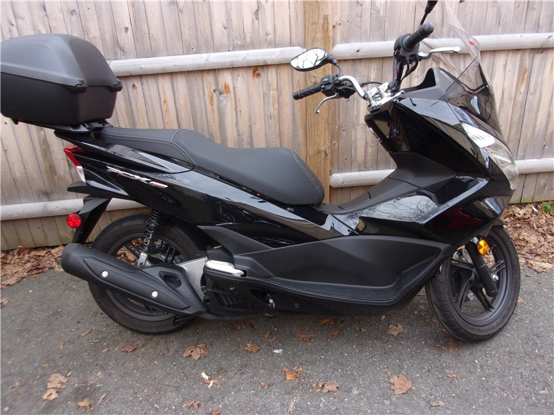 honda pcx 150 motorcycles for sale in beverly massachusetts. Black Bedroom Furniture Sets. Home Design Ideas