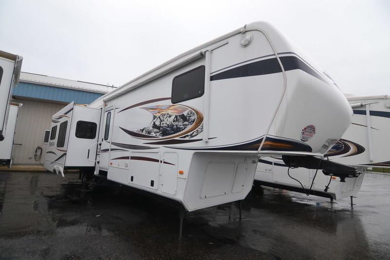 2012 Keystone Rv Montana 3402RL
