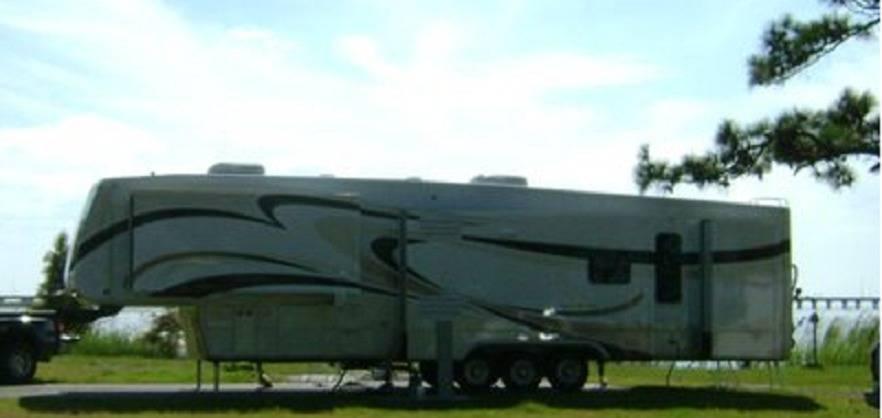 2010 DRV MOBILE SUITES 43 ATLANTA