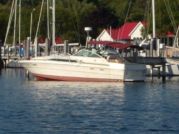 1985 Sea Ray 340 Sundancer, 2