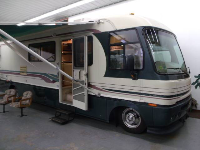 1997 Fleetwood PACE ARROW Vision 35 U