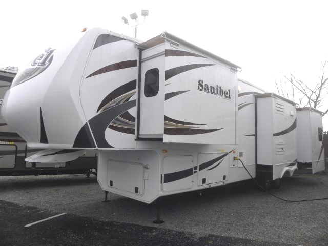 2012 Prime Time Manufacturing Sanibel 3500