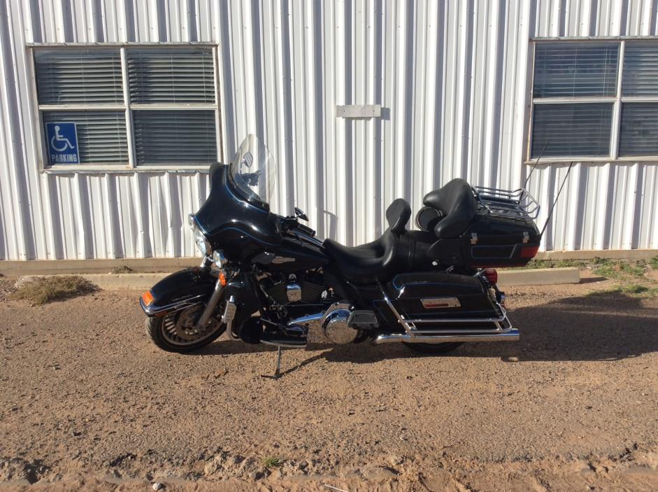 2010 Harley-Davidson Ultra Classic Electra Glide Peace Officer Special Ed