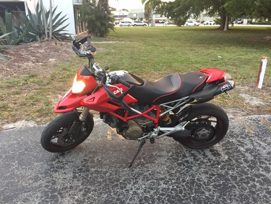 2008 Ducati HYPERMOTARD 1100 S