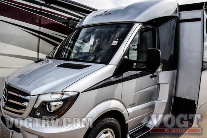2017 Leisure Travel Vans Unity U24MB