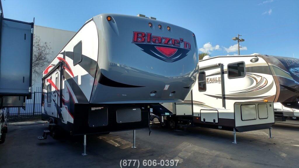2017 Pacific Coachworks Blazen 3213