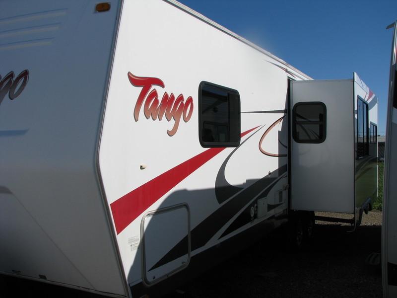 2009 Pacific Coach Works TANGO 306RLSS
