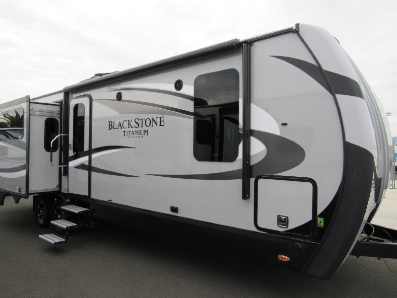 2017 Outdoors Rv Black Stone 270RKS Titanium Series