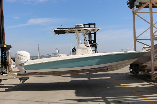 2015 Boston Whaler 240 Dauntless Merc300
