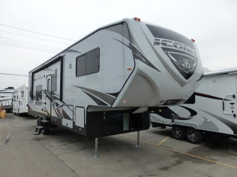 2018 Eclipse Iconic 3117CL