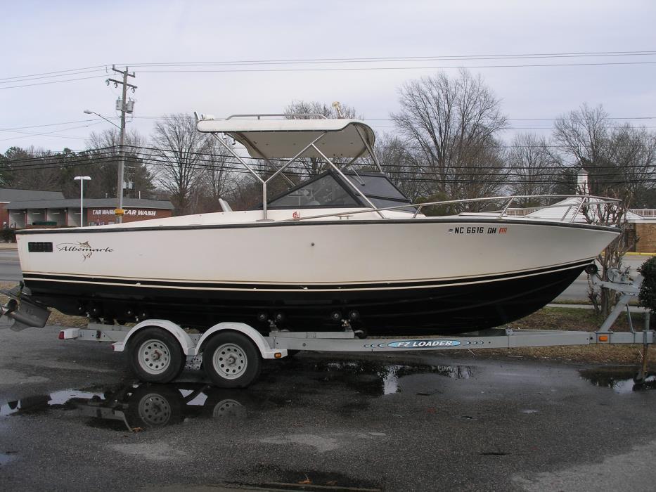 1983 Albemarle 240