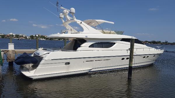 2001 Ferretti Yachts 72