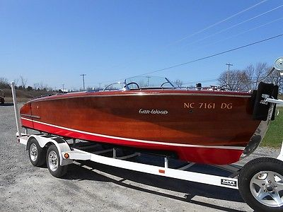 1946 Gar Wood Commodore Runabout, restored wooden boat