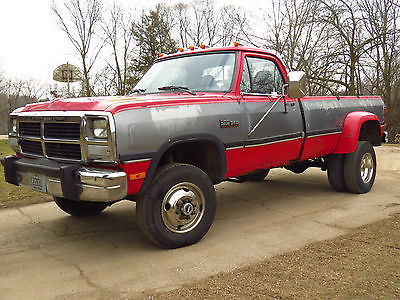Dodge : Other Pickups W350 1993 dodge w 350 4 x 4 cummins 1 ton se dually intercooled 12 valve autocold ac, 0